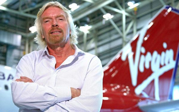 Tỷ phú Richard Branson quyết bay vào vũ trụ trước Jeff Bezos
