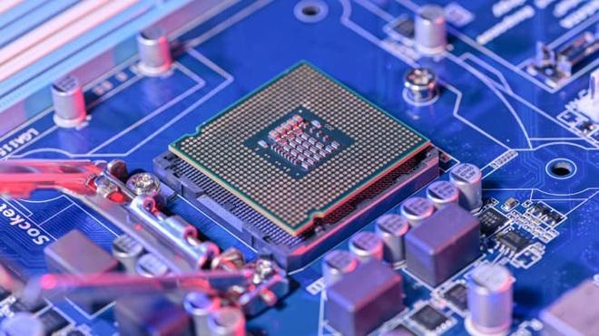 Công ty Trung Quốc mua rẻ nhà máy sản xuất chip lớn nhất Anh