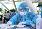 Các bệnh viện dã chiến ở TP.HCM đang thiếu xe cứu thương