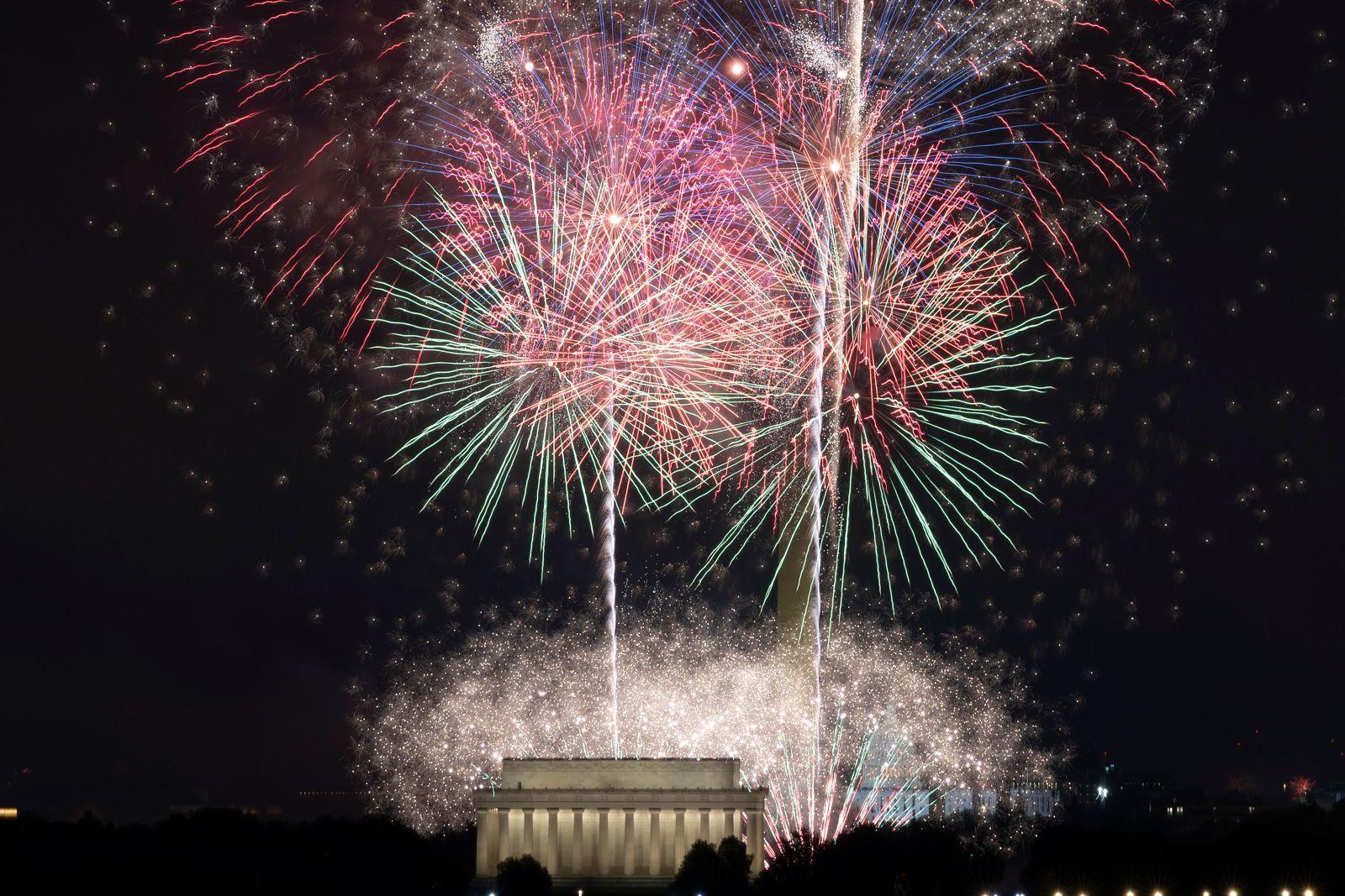 Hình ảnh Mỹ 'hồi sinh' các hoạt động ngoài trời dịp Quốc khánh