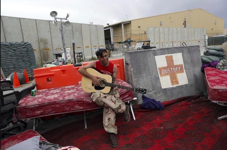 Mỹ tắt điện, lặng lẽ rời căn cứ ở Afghanistan lúc nửa đêm
