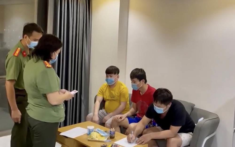 Bốn người Trung Quốc nhập cảnh trái phép, ẩn náu ở chung cư TP.HCM