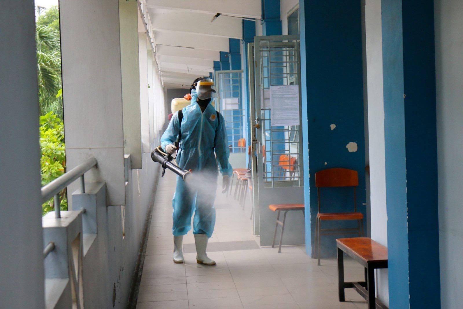'Nín thở' tổ chức thi tốt nghiệp giữa bão dịch Covid-19