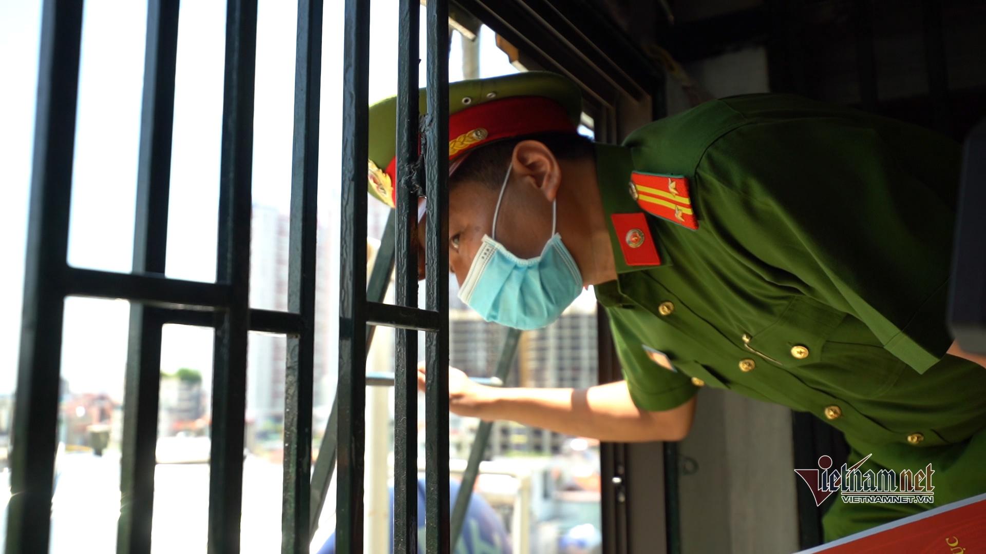 Dỡ 'chuồng cọp' là điểm sáng phòng hỏa hoạn ở Hà Nội