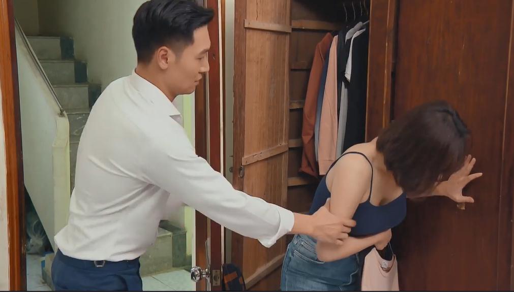 'Hương vị tình thân' tập 57, Nam ra viện, được Long cõng lên phòng