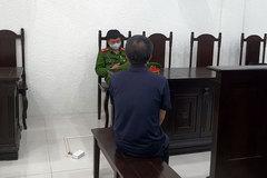 Nhận án tù vì tưới xăng ở UBND phường để gây chú ý