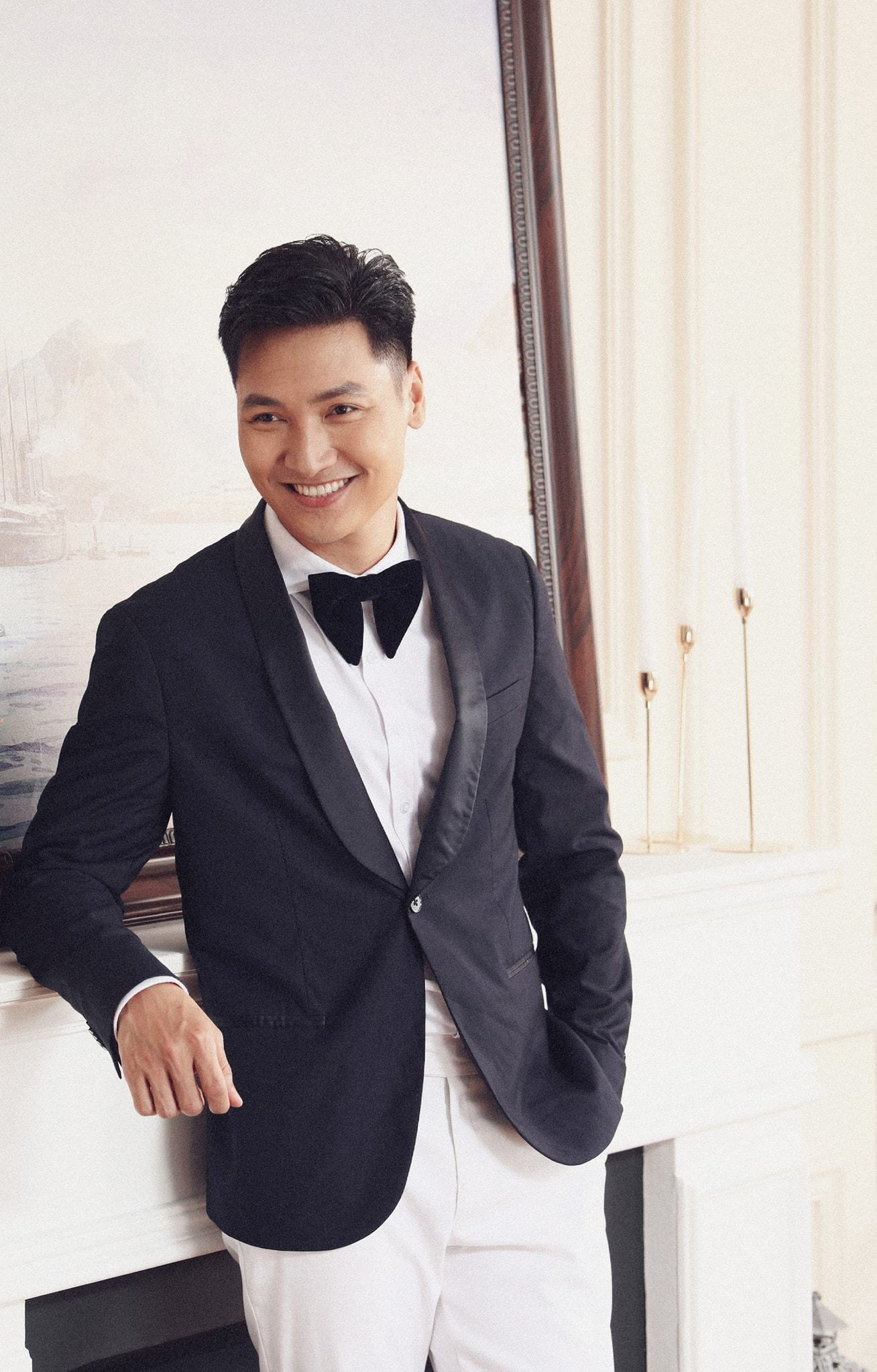 Cảnh Mạnh Trường lục áo bắn tim gây sốt trong 'Hương vị tình thân'