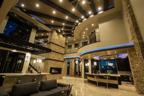 Biệt thự 1500 m2 ở Mỹ của Đan Trường và doanh nhân Thủy Tiên