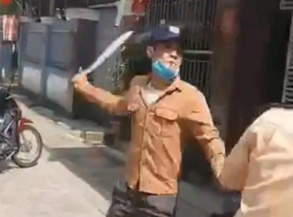 Kẻ nghiện ma túy dùng dao tấn công CSGT ở Hà Tĩnh