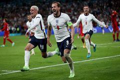 Harry Kane hóa người hùng, ĐT Anh lần đầu tiên vào chung kết EURO