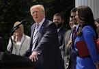 Ông Trump đệ đơn kiện Google, Twitter và Facebook