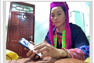 Young woman becomes first YouTuber of Dao ethnic minority hamlet