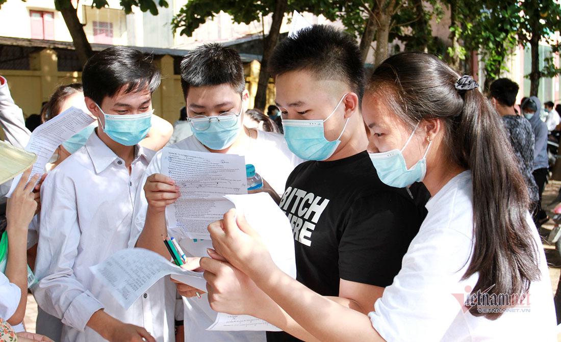 Giám thị trải lòng về thí sinh và phòng thi 'đặc biệt' nhất tỉnh Nghệ An