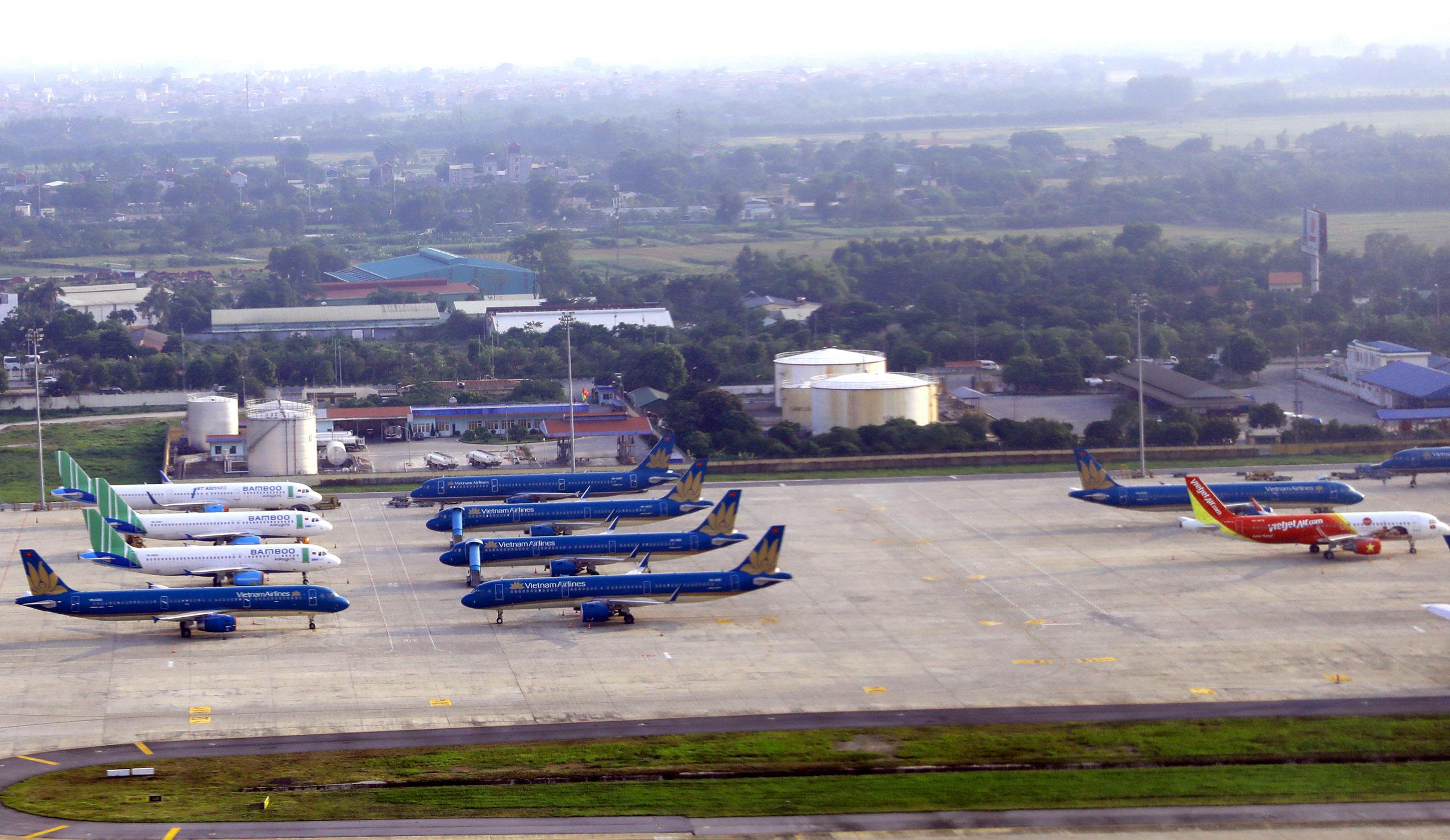 Bộ GTVT báo cáo Thủ tướng dừng và giảm đường bay để bảo vệ Hà Nội