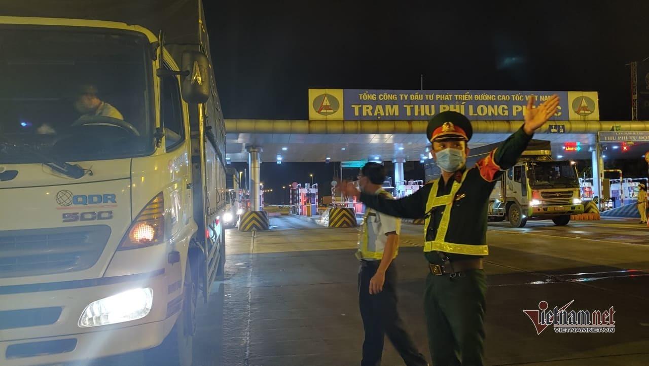 Lộ trình phương tiện từ các tỉnh ra vào TP.HCM