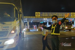 Xe chở hàng thiết yếu bị chốt kiểm soát các tỉnh 'chặn', TP.HCM ra kiến nghị khẩn