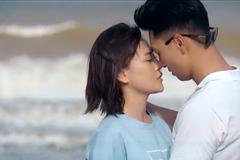 'Hương vị tình thân' tập 59, Long hôn Nam trong chuyến công tác riêng