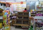 Sáng đầu tiên áp Chỉ thị 16 ở Sài Gòn: Hàng chưa kịp về, giá rau vẫn cao