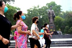 Bí thư Hà Nội mong người dân chia sẻ khi siết chặt một số dịch vụ
