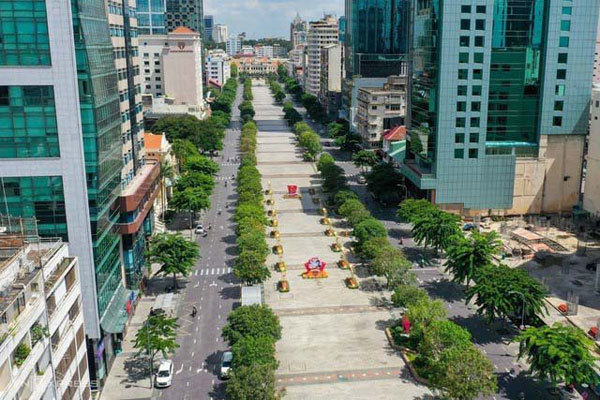 HCMC penalizes people going out for non-essential reasons