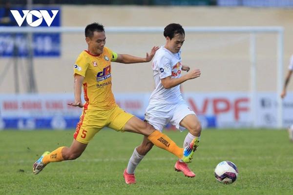 V.League,Covid-19 impacts,Vietnam football