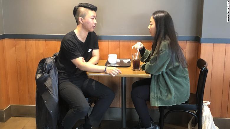 Người trẻ Hàn Quốc sợ hẹn hò, hiểu sai về tình dục