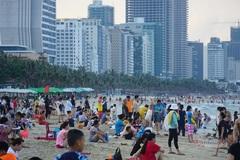 Vừa mở 4 ngày, Đà Nẵng phải thông báo dừng tắm biển vì dịch