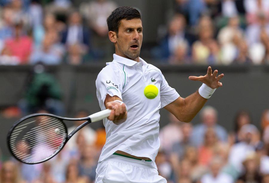 Djokovic lần thứ 7 vào chung kết Wimbledon sau 3 set kịch chiến