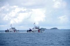 Vùng Cảnh sát biển 1 huấn luyện chiến thuật vòng tổng hợp và bắn súng, pháo trên biển năm 2021
