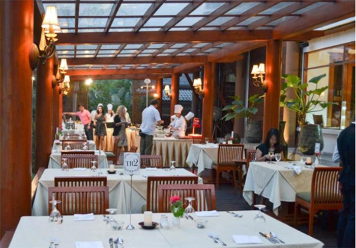 Hai năm mở nhà hàng bán cho Tây: Lỗ thảm 2 tỷ, đóng cửa đi làm thuê