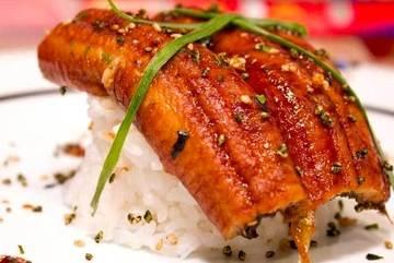 Ăn lươn Nhật dính hàng Tàu, mua đặc sản bào ngư trúng đồ giả