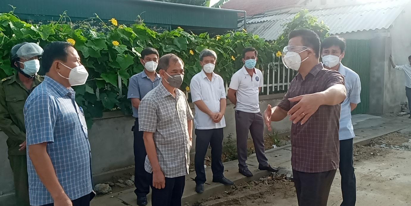 Hai mẹ con nhiễm Covid-19 đi xe khách từ Sài Gòn về Hà Tĩnh
