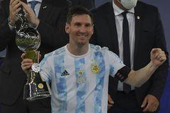Messi mất 100.000 euro/ngày sau khi rời Barca