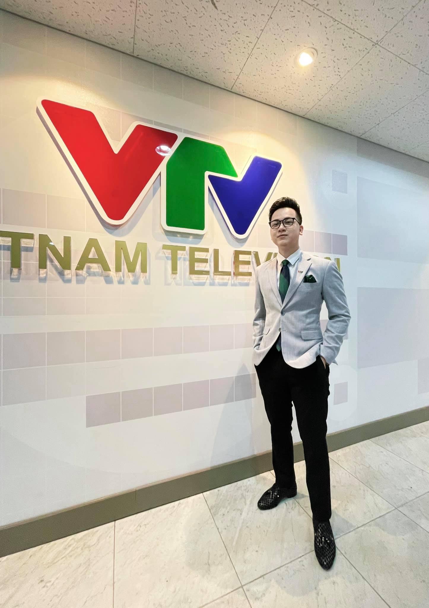 5 MC của VTV xoay xở giữa mùa dịch