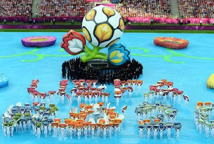 Trực tiếp lễ bế mạc EURO: Mọi ngả đường đều đổ về Wembley