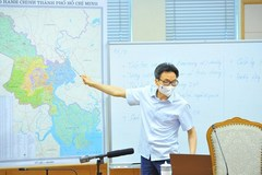 HCM City on right track in COVID-19 fight: official