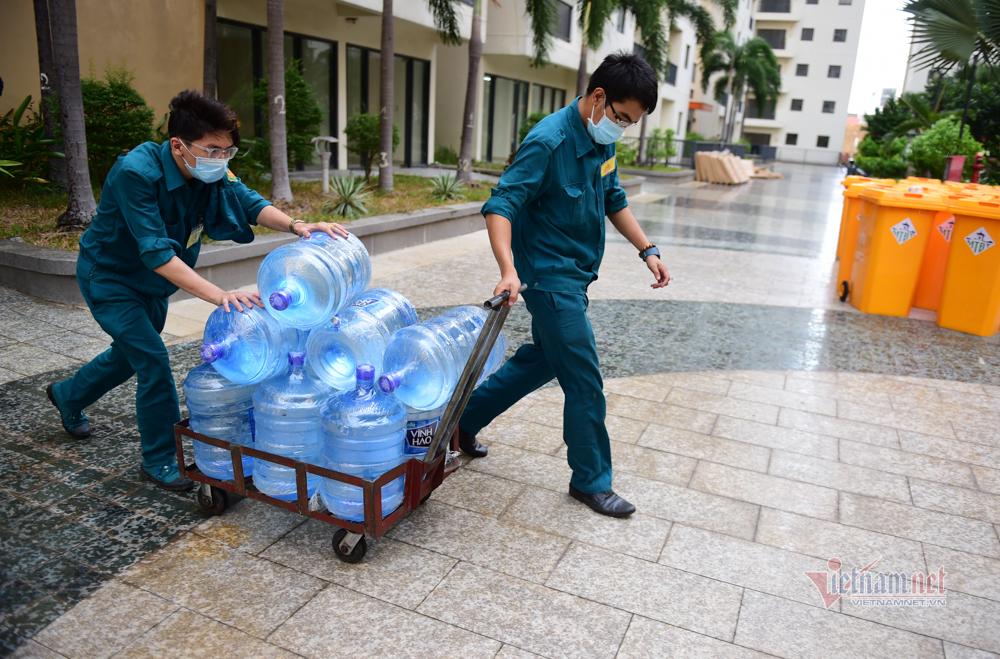 TP.HCM dọn dẹp chung cư làm bệnh viện dã chiến hơn 18.000 giường bệnh