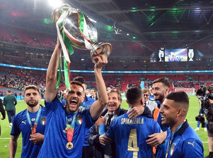 Huyền thoại MU: Anh thua Italy không gì bàn cãi