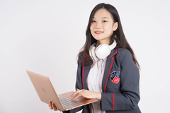 Trường quốc tế Mỹ trực tuyến Ivy Global đạt kiểm định toàn diện