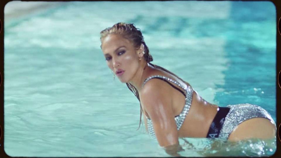 Jennifer Lopez gây sốt với MV gợi cảm nhất sự nghiệp
