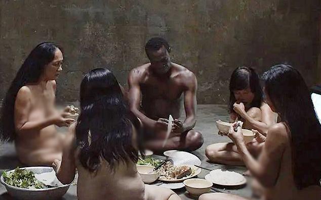Phim 'Vị' bị cấm chiếu tại Việt Nam vì cảnh khỏa thân tập thể 30 phút