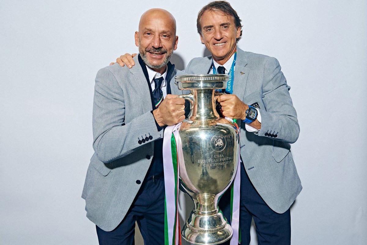 Italy làm bá chủ châu Âu: Lãng tử Mancini chiến thắng định mệnh