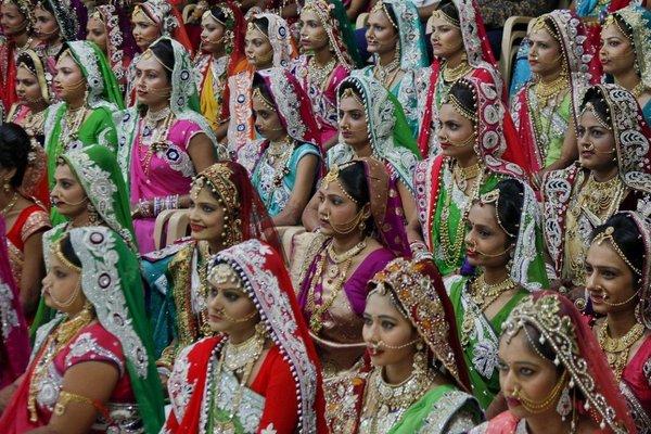 Chê của hồi môn ít, đàn ông Ấn Độ vũ phu với vợ