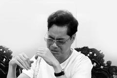 Ca sĩ Ngọc Sơn suy sụp trong khu cách ly vì mẹ qua đời