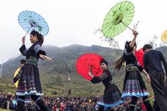 Tập quán xã hội và tín ngưỡng Chợ Háng Phúng Lìu, Khâu Vai được xếp vào Danh mục di sản văn hóa phi vật thể quốc gia