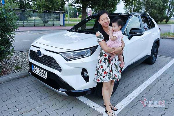 """Nữ Việt kiều chỉ tốn 10 triệu """"tậu"""" biển ngũ quý 5 cho Toyota RAV4"""