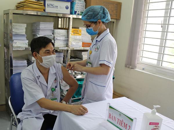 Lào Cai: Ứng dụng CNTT quản lý tiêm chủng vắc xin Covid-19