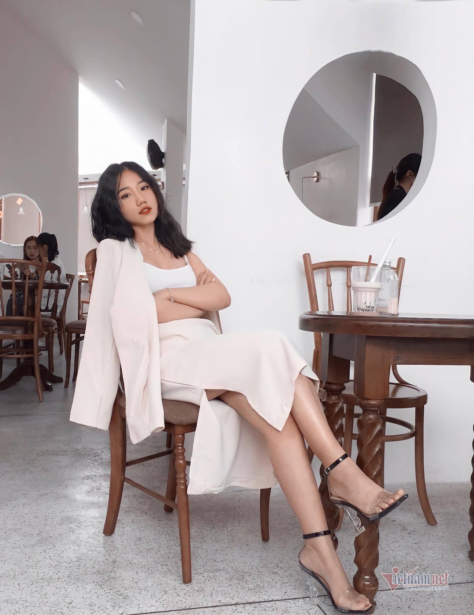 10X Nha Trang xinh xắn, giỏi ngoại ngữ, mê dạy học
