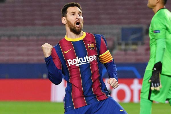 Sốt dẻo Messi giảm lương, ký tiếp 5 năm với Barca