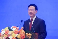 Bộ trưởng Nguyễn Mạnh Hùng phát biểu về chuyển đổi số các địa phương